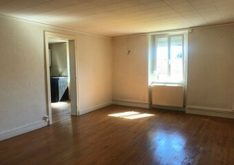 Renting Apartment 4 rooms 96m² Lure (70200) - Photo 1