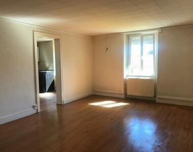 Location Appartement 4 pièces 96m² Lure (70200) - photo