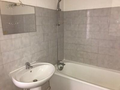 Location Appartement 3 pièces 59m² Saint-Étienne (42000) - Photo 3