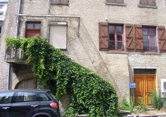 Vente Maison 9 pièces 200m² Veyre-Monton (63960) - photo