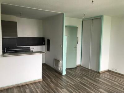 Location Appartement 2 pièces 39m² Saint-Étienne (42000) - photo