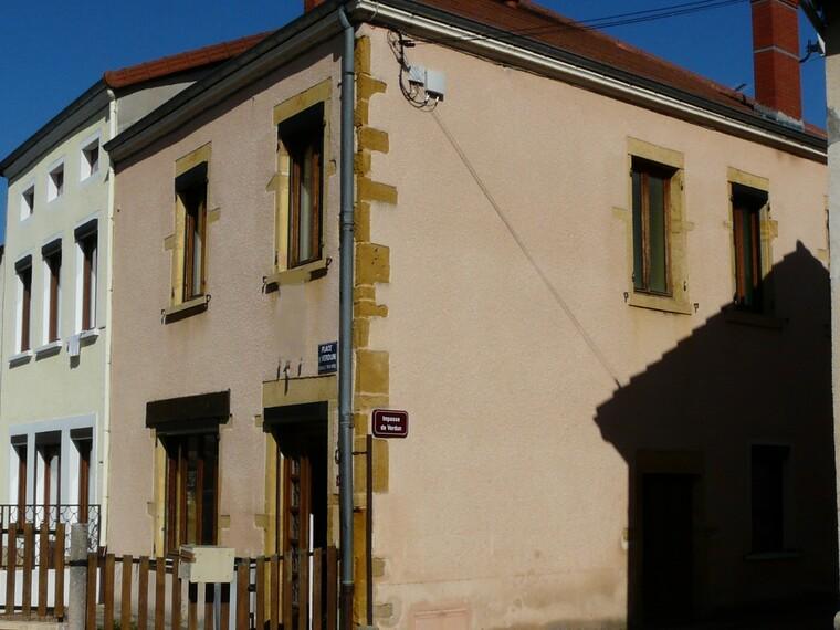 Vente Maison 5 pièces 97m² Entre Charlieu et Roanne - photo