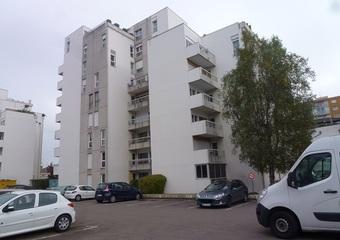 Location Appartement 3 pièces 70m² Mâcon (71000) - Photo 1