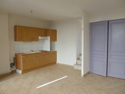 Location Appartement 3 pièces 56m² Saint-Étienne (42000) - Photo 2