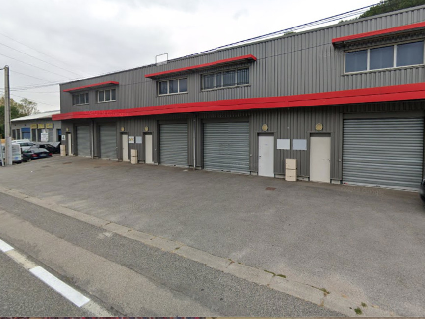 Vente Garage 93m² Le Pont-de-Claix (38800) - photo