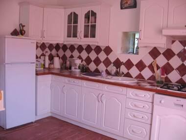 Location Appartement 4 pièces 84m² Cabannes (13440) - photo