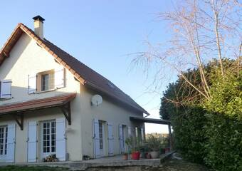 Vente Maison 6 pièces 160m² Bourgoin-Jallieu (38300) - Photo 1