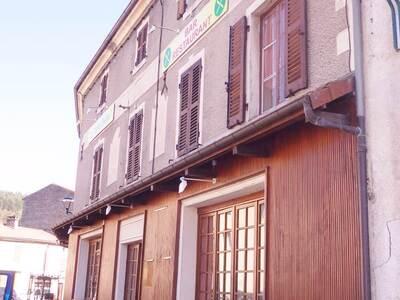 Vente Maison 15 pièces 440m² Saint-Dier-d'Auvergne (63520) - Photo 12
