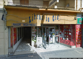 Vente Local commercial 350m² Istres (13800) - photo