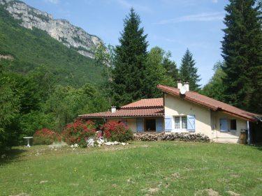 Location Maison 3 pièces 70m² Échevis (26190) - photo
