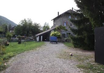 Vente Maison 8 pièces 220m² Chirens (38850) - Photo 1