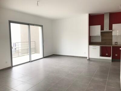Location Appartement 3 pièces 73m² L' Étrat (42580) - Photo 11