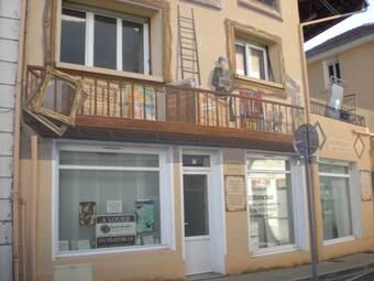 Location Local commercial 1 pièce 16m² Saint-Étienne-de-Saint-Geoirs (38590) - Photo 1