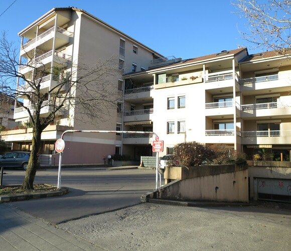Location Appartement 1 pièce 27m² Grenoble (38000) - photo