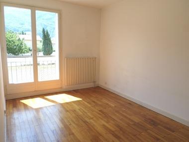 Location Appartement 3 pièces 70m² Fontaine (38600) - photo