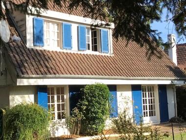 Vente Maison 5 pièces 136m² Les Essarts-le-Roi (78690) - photo