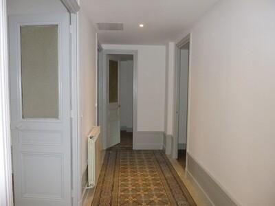 Location Appartement 3 pièces 97m² Saint-Étienne (42000) - Photo 12