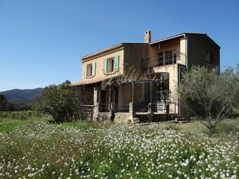 Sale House 6 rooms 170m² Lourmarin (84160) - photo