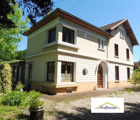 Vente Maison 6 pièces 157m² Saint-Clair-de-la-Tour (38110) - photo