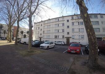 Location Appartement 4 pièces 65m² Billère (64140) - Photo 1