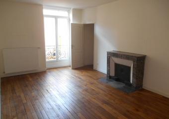 Location Appartement 3 pièces 87m² Cours-la-Ville (69470)