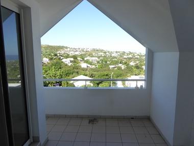 Vente Appartement 2 pièces 40m² Saint-Gilles les Bains (97434) - photo