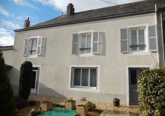 Vente Maison 9 pièces 207m² Aubigny (79390) - photo
