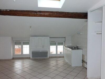 Location Appartement 3 pièces 36m² Saint-Étienne (42000) - Photo 6