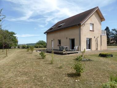 Vente Maison 5 pièces 142m² Saint-Rémy-en-Rollat (03110) - photo
