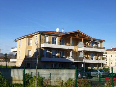 Location Appartement 2 pièces 52m² Savigneux (42600) - photo