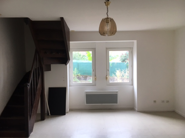 Location Maison Belmont-de-la-Loire (42670) - photo