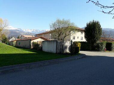 Location Appartement 80m² Saint-Martin-d'Hères (38400) - photo