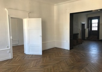 Renting Apartment 3 rooms 85m² Lure (70200) - photo