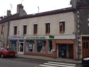 Vente Immeuble 220m² Châtillon-sur-Loire (45360) - photo