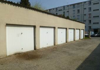 Location Garage Montélimar (26200) - photo