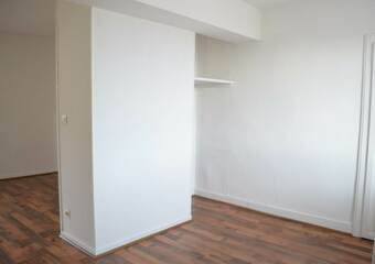 Location Appartement 1 pièce 27m² La Côte-Saint-André (38260) - photo
