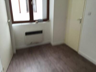 Location Appartement 3 pièces 48m² Saint-Étienne (42000) - Photo 11