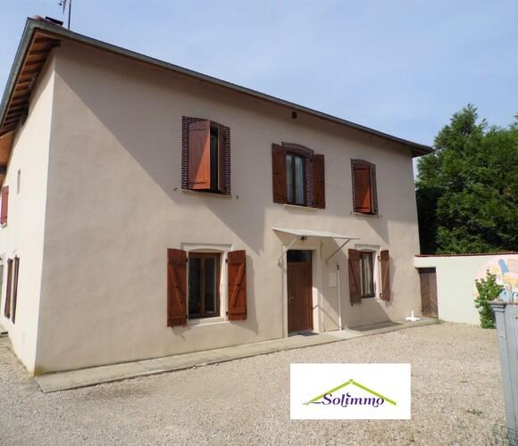 Vente Maison 8 pièces 140m² Brézins (38590) - photo