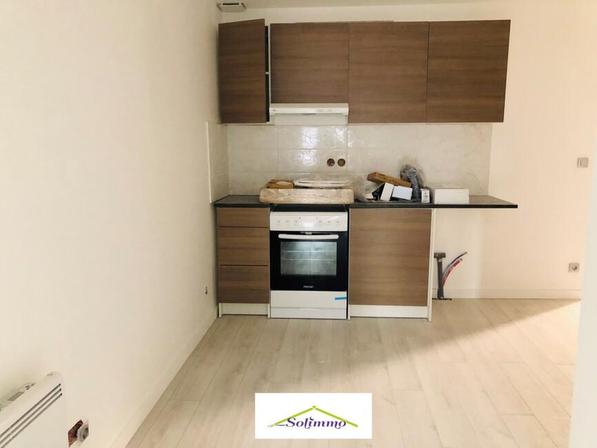 Location Appartement 1 pièce 25m² Les Abrets (38490) - photo