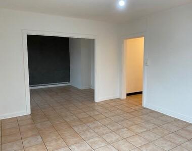 Renting Apartment 4 rooms 75m² Lure (70200) - photo