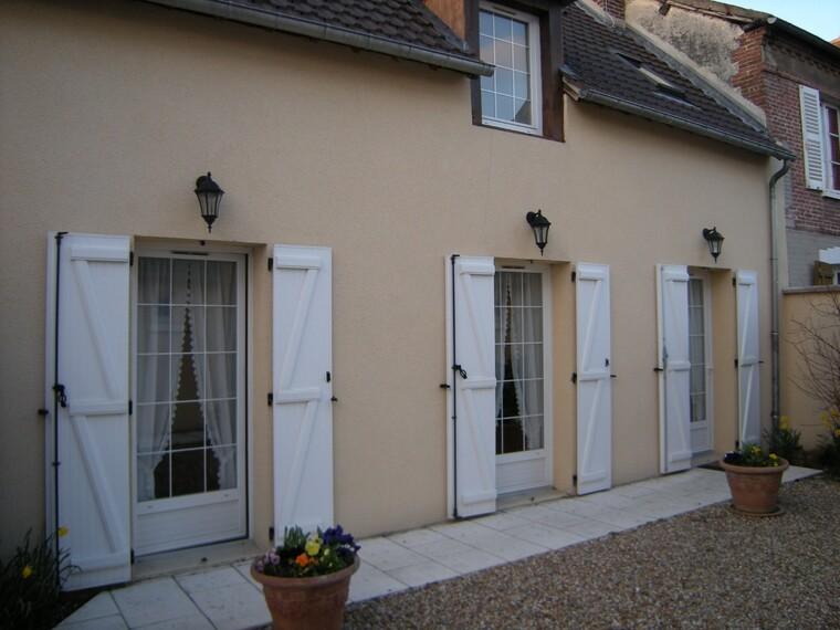 Location Maison 3 pièces 65m² Ézy-sur-Eure (27530) - photo