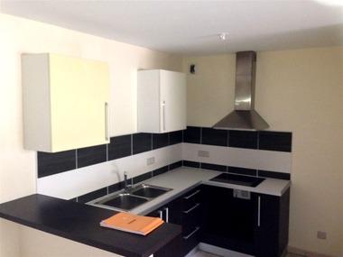 Location Appartement 2 pièces 53m² Saint-Denis (97400) - photo