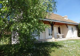 Location Maison 5 pièces 130m² Givry (71640) - Photo 1