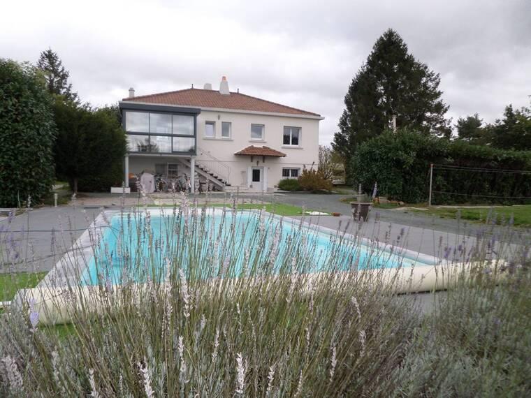 Vente Maison 5 pièces 155m² Landeronde (85150) - photo