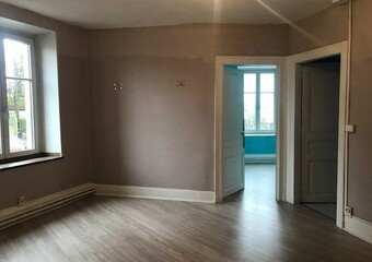 Renting Apartment 4 rooms 103m² Lure (70200) - Photo 1