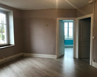 Renting Apartment 4 rooms 103m² Lure (70200) - photo