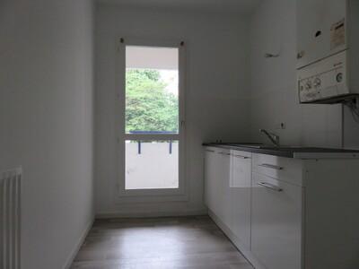 Location Appartement 2 pièces 46m² Pau (64000) - Photo 6