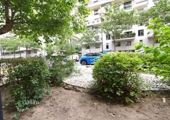 Location Appartement 1 pièce 29m² Paris 15 (75015) - Photo 1