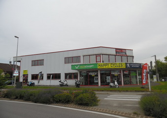 Location Local commercial 239m² Rumilly (74150) - photo