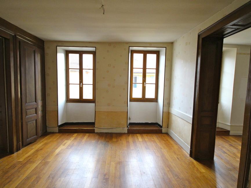 vente appartement 4 pi ces bonneville 74130 161992. Black Bedroom Furniture Sets. Home Design Ideas